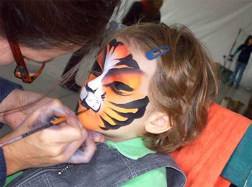 kinderschminken-katzengesicht